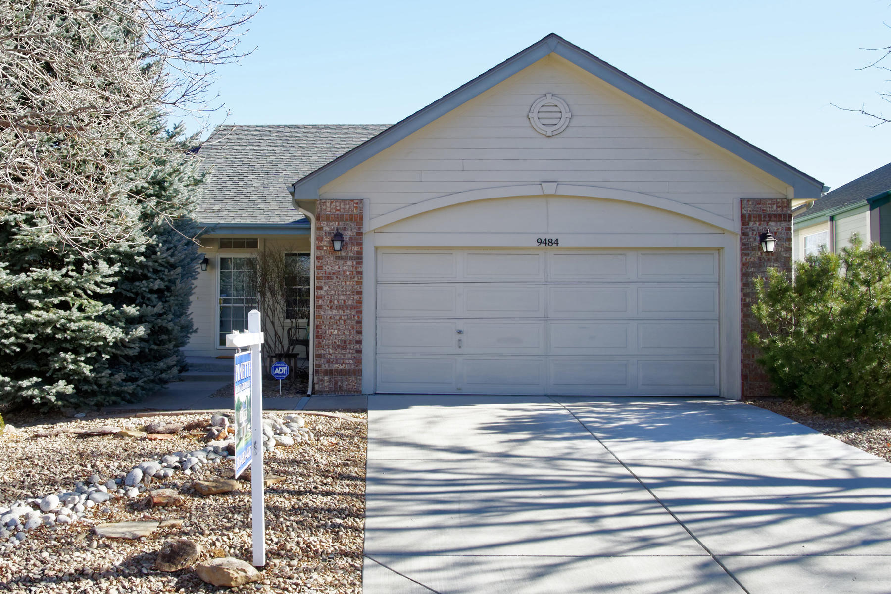 Low Maintenance Living – Lone Tree Ranch Style Home!