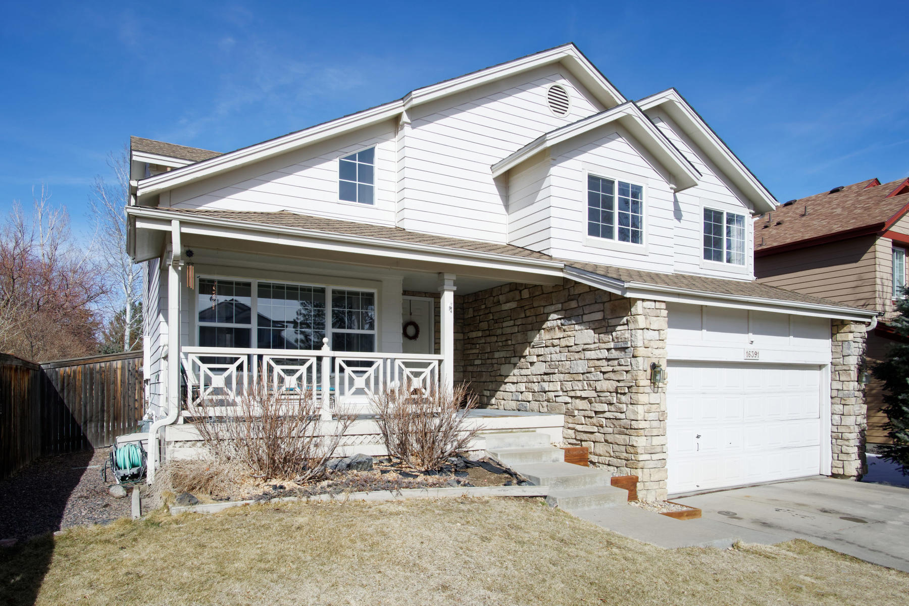 Great Opportunity in Stonegate! Priced to Sell!